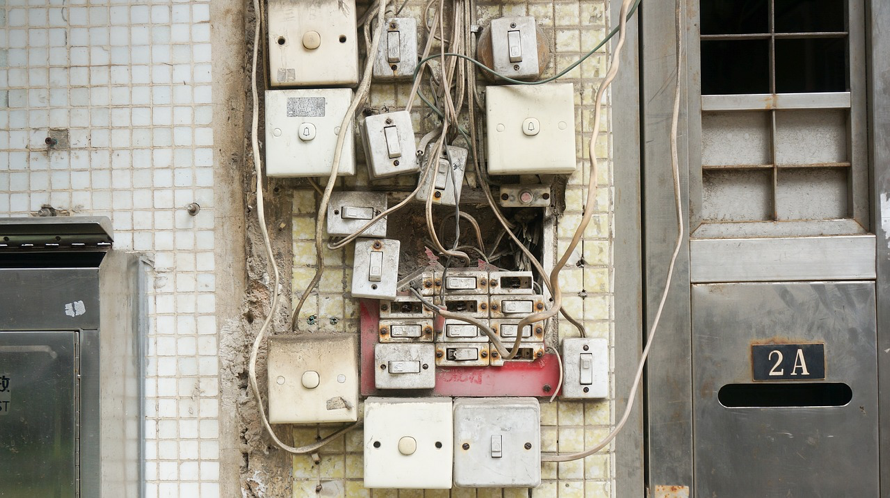 Unorganized Switch Board